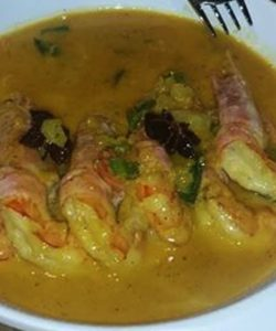 "Recipe by Giannis Marnas for ""Psarakia kai Thalassina"" Shrimp in Saffron & Ouzo Sauce (serves 4)"
