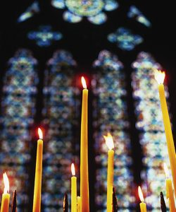 The tradition of  Easter Lampades