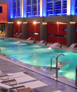 """The Thermal Springs of Loutraki: The First """"Loutropolis"""""""